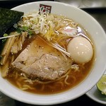玉五郎 - 【(期間限定) 秋刀魚煮干しらーめん + 味付け玉子】¥850 + ¥100