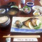 鯛納屋 - 焼き魚定食(2017.9)