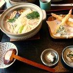 7422524 - 「特選鍋焼きうどん」1000円なり