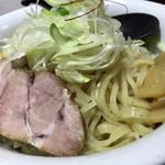 初代 けいすけ - 黒味噌魚介つけ麺 麺アップ