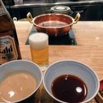 74226745 - 瓶ビールと胡麻ダレ、ポン酢