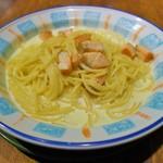 カプリチョーザ - 料理写真:スモークサーモンのクリームソース(1090円)
