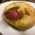 ブレドール - 料理写真:鎌倉野菜のカレーパン