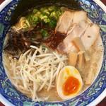 拉麺 空海 - トッピン具全部乗せ 空海ラーメン 750円