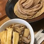 武蔵野うどん 武久 - きのこ肉汁うどん小