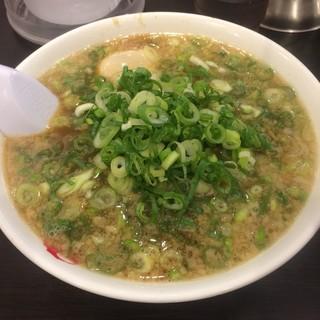 ますたにラーメン - 料理写真:ますたにラーメン+九条ネギ多め+味付け煮卵トッピング