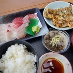 海人食堂 - 日替り刺身定食