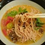 74264036 - トマト練り込み麺!