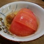 パーラー 小やじ - トマトの梅酢漬け