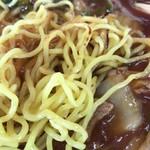 三八飯店 - あんかけ焼そば(中) 麺アップ