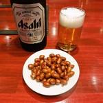 小城 - お通しとビール