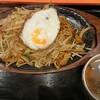 よか楼 - 料理写真:鉄板焼きそば(税込み670円)
