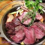 肉バル イノシカチョウ -