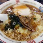 桃太楼 - ワンタン麺600円