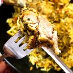 南インド家庭料理 インダスレイ - 鶏もも肉登場(^∀^)ノ