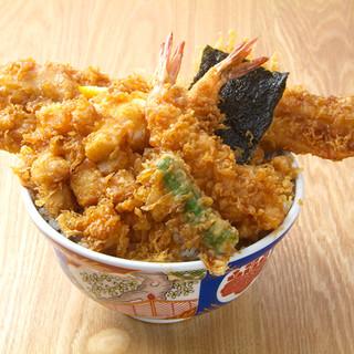 お腹も心も満たされる、粋で豪快で手頃な『江戸前天丼』