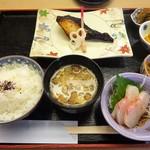 74288280 - ランチ:焼魚定食(銀鱈西京焼)