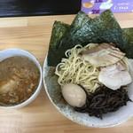 つけ麺・らーめん 辰寅 - 全部のせつけ麺1000円(大盛)
