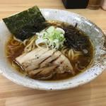 つけ麺・らーめん 辰寅 - 九州醤油らーめん(並)太麺700円