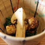 柚木元 - 松茸と春菊のおひたし