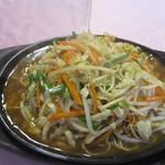 新天地 - 鉄板炒麺(アップ)