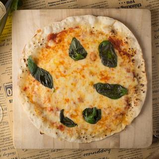 【自家製PIZZA】ALBEROイチオシ自慢の一品