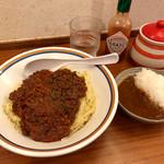 ラーメン暁 - 「スパゲッティミートソース」(900円)と「ミニカレー」(100円)