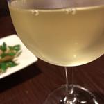 ワイン酒場COLTS - 樽生白ワイン