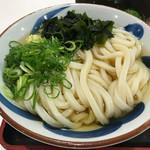 竹清 - 冷やかけ2玉390円(税込)