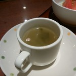 ブルドック - サービスセット(インディアンオムライス)のすスープ