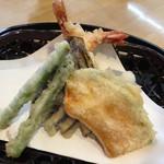 手打ち蕎麦 杜若 - 天ぷら