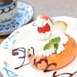 ケララ - 料理写真:アップルリングケーキ