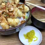 豊野丼 - やりいか天丼と味噌汁