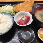 市場食堂 - 秋鮭フライ定食