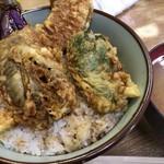 豊野丼 - かき天丼 丼と野菜&味噌汁