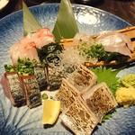 サブライム - 刺身4種盛り、島鯵、方々、太刀魚、鰹、まずまずの鮮度。