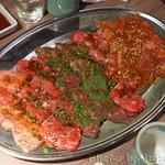 肉と日本酒 - 肉