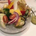 エミット フィッシュバー オイスター&グリル - 季節野菜盛