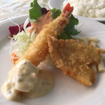 キッチン・スパイス - 日替わりランチの海老&キスフライ