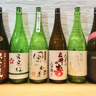 こだわりの日本酒に加えて季節のお酒も品ぞろえ豊富