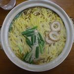 橋本食堂 - なべ焼らーめん(大660円、真上から)