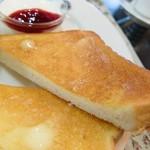 カフェギャラリー ルナ - バタートースト