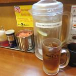 初代 秀ちゃん - 映画チケット当日券を持っていたので、 ウーロン茶(or オレンジジュース)のサービスがありました。