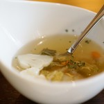 モナ・ペトロ - スープ