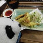 津のものキッチン - この日は鰯の天ぷら