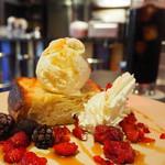 ダース旅館 - 美味しいハニートースト