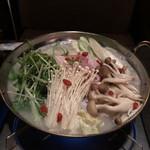 74339667 - 参鶏湯風鍋