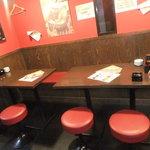 チャオチャオ - テーブル席は満席時、大人数の場合のみの開放となります。予約承ります。