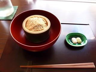 遊形 サロン・ド・テ - わらび餅セット抹茶付 2,200円