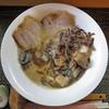 あま晴らし - 料理写真:魚介とんこつ黒マー油仕立て